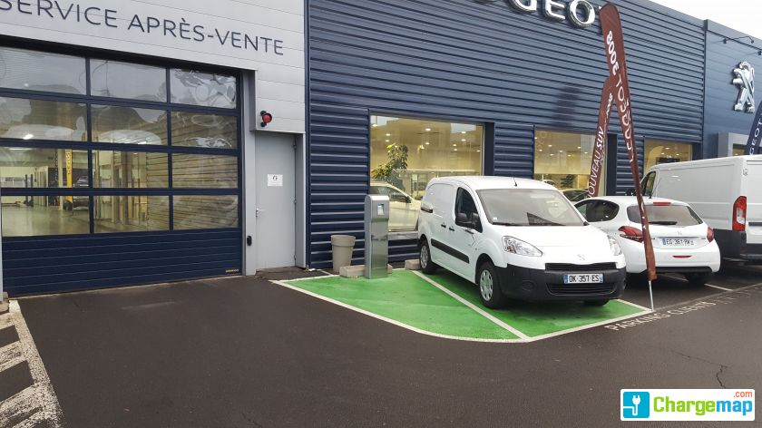 Peugeot abcis clermont ferrand borne de charge for Garage peugeot clermont